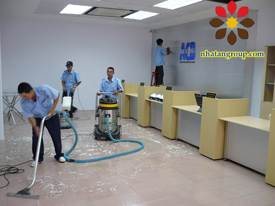 Chọn vệ sinh văn phòng chất lượng ở đâu?